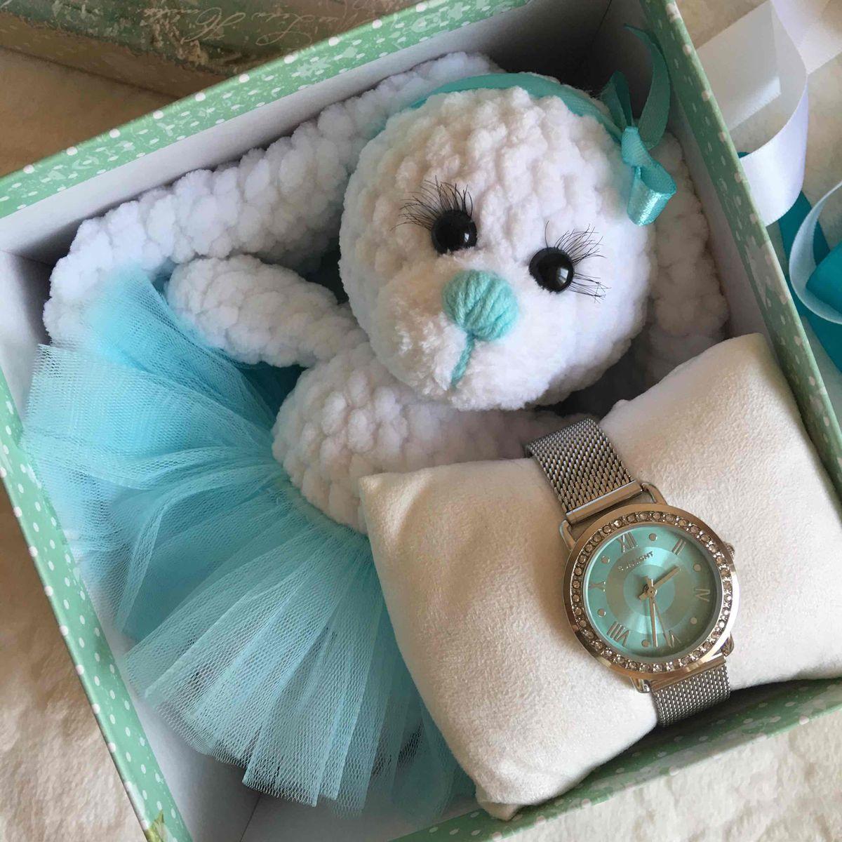 Красивые и недорогие часы