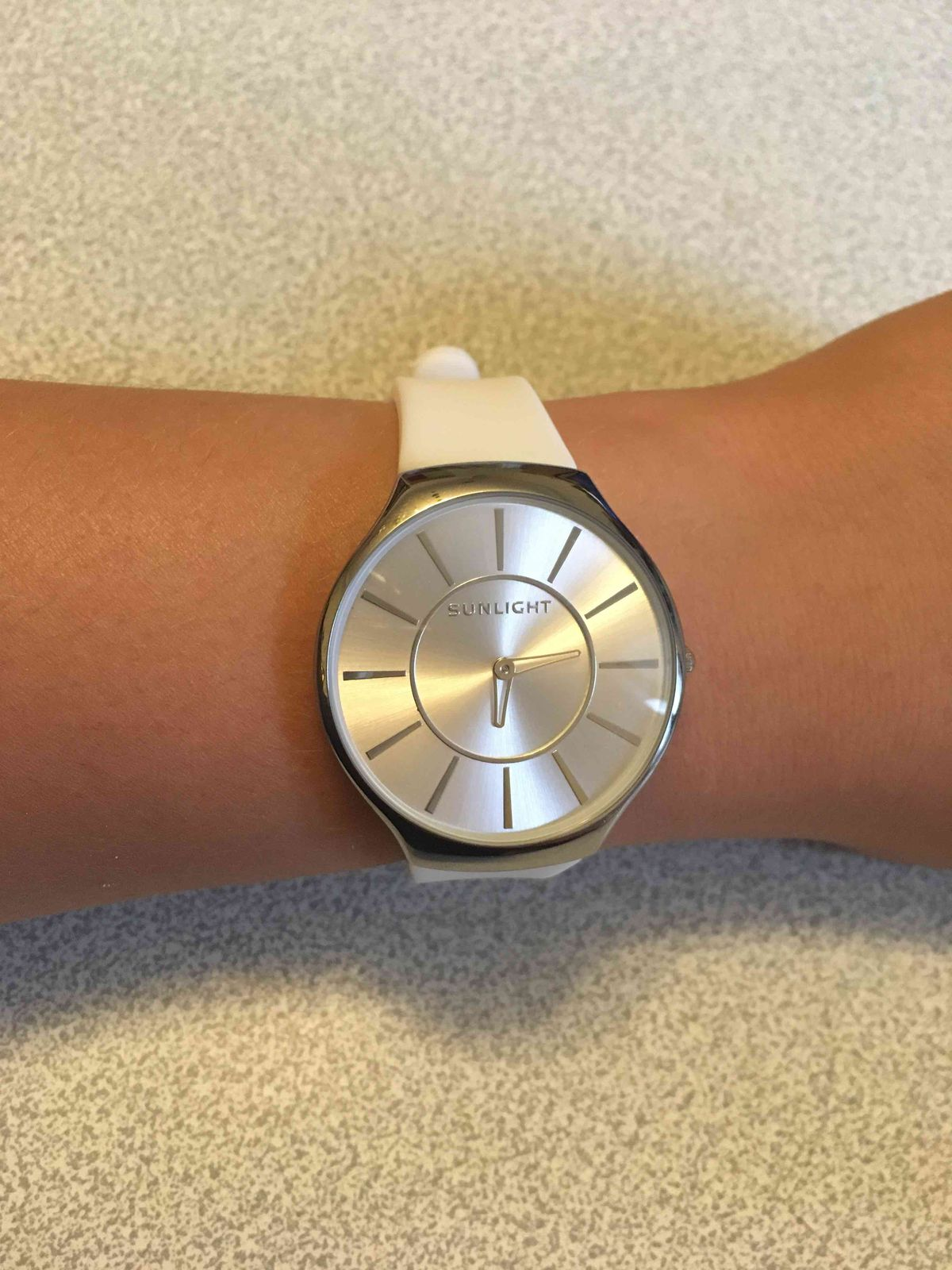 Очень милые и женственные часы