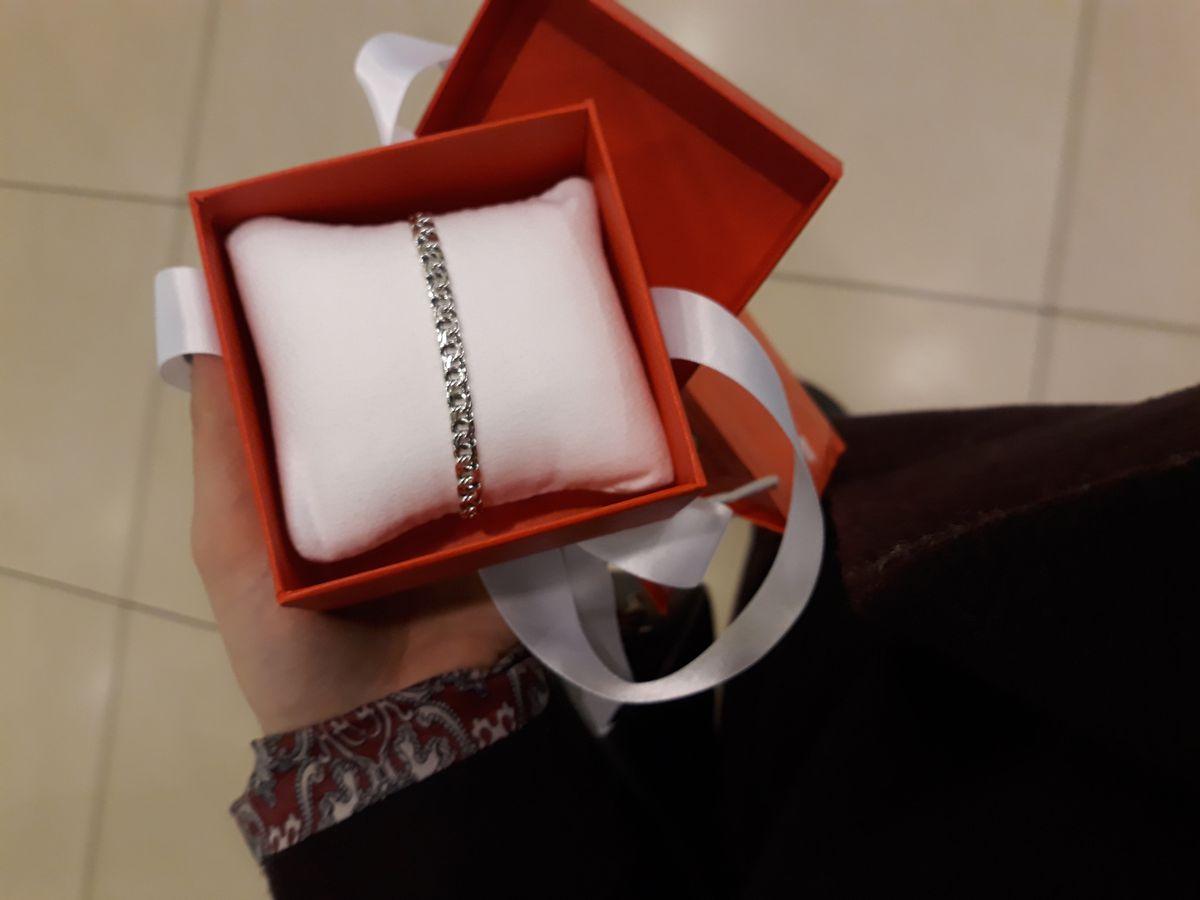 Красивый браслетик в подарок маме❣