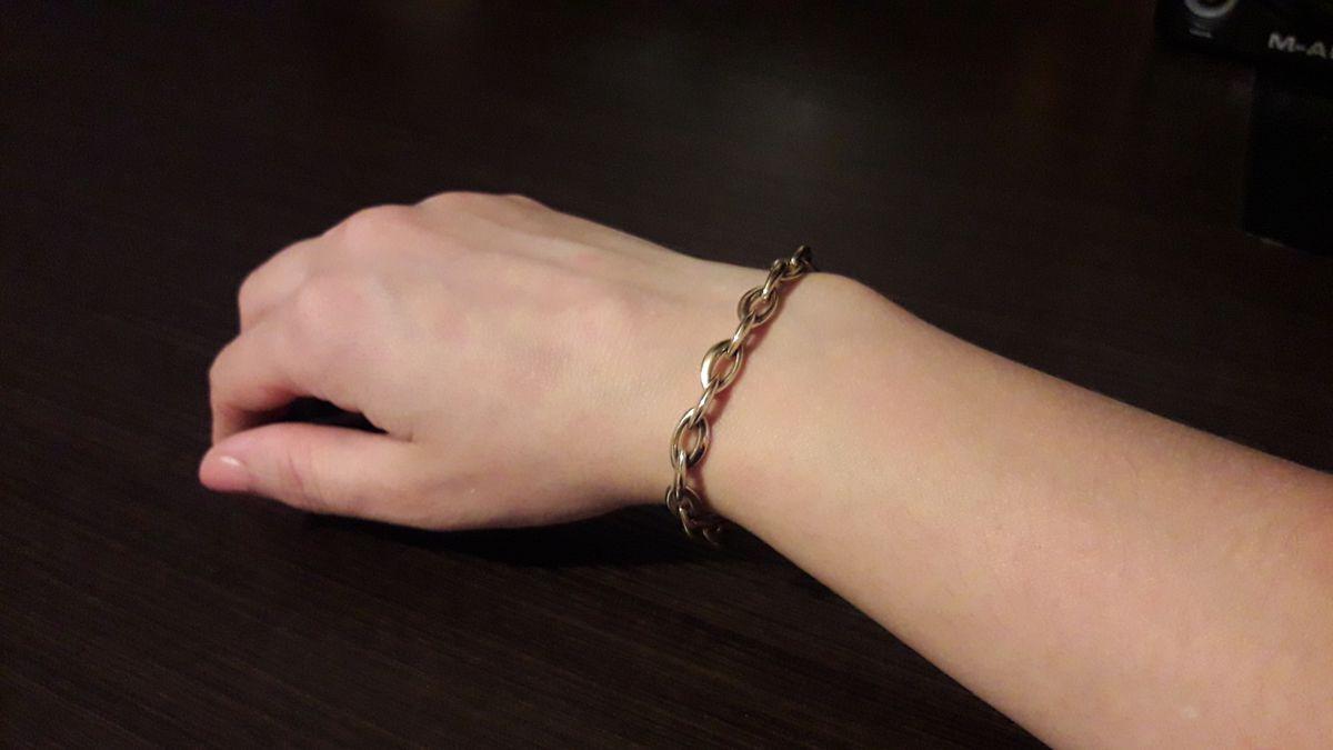 Пустотелый браслет