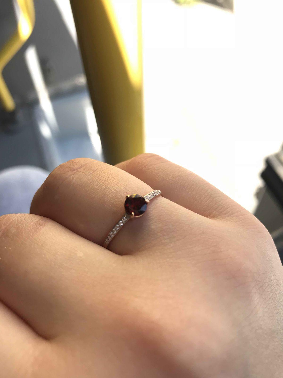 Прекрасное кольцо с гранотом
