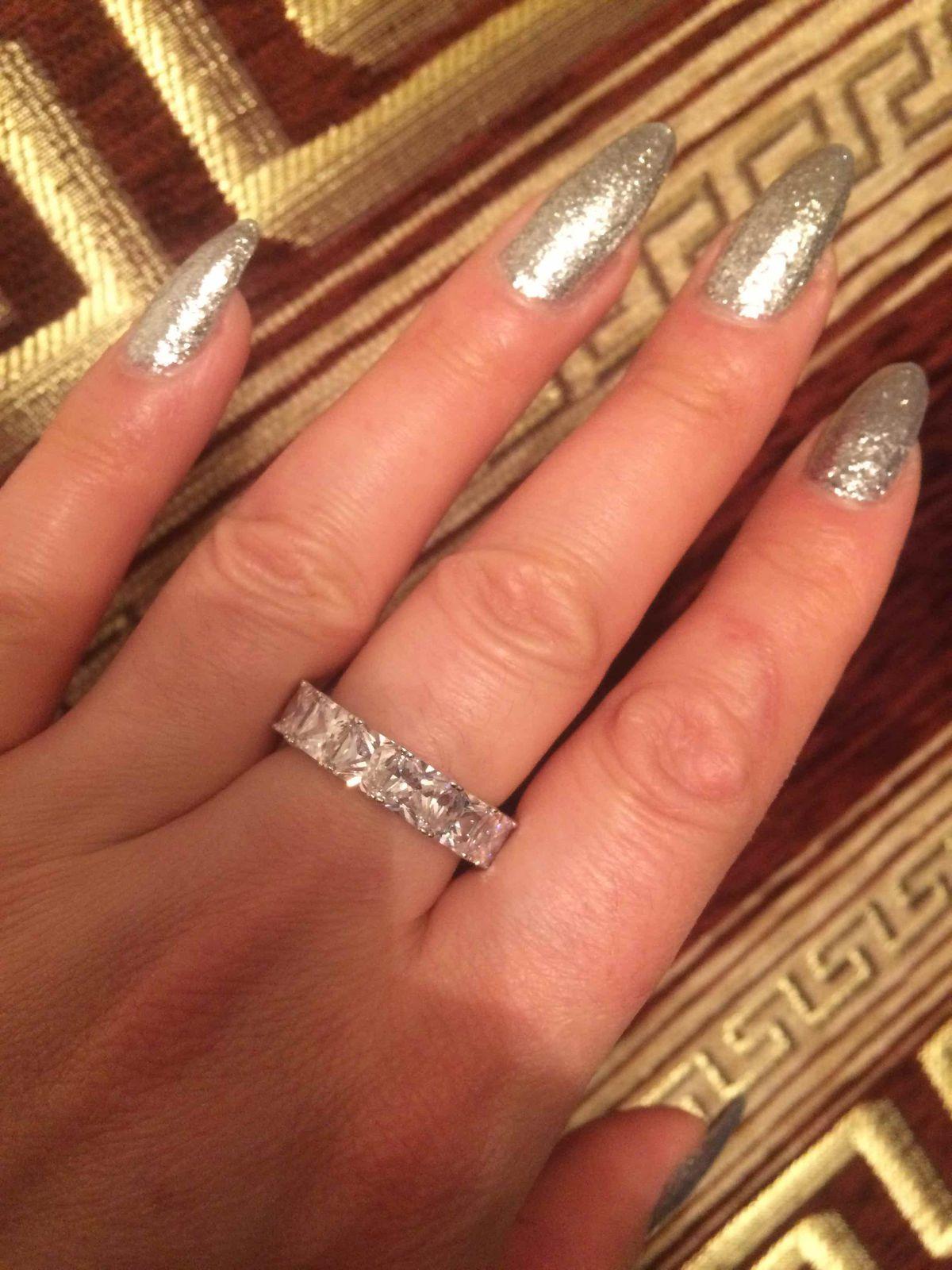 Кольцо для королевы!!!