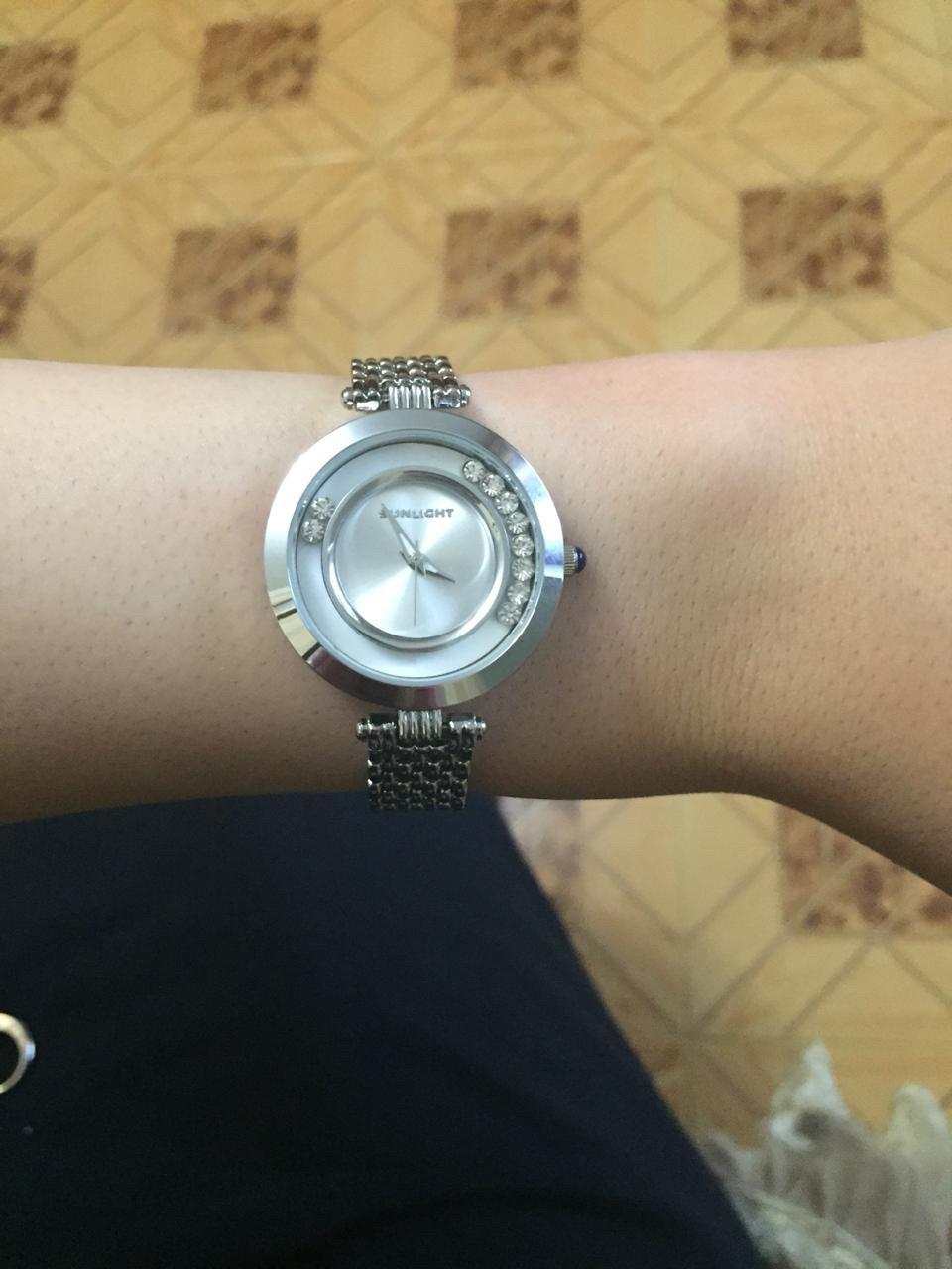 Первые мои часы с темным циферблатом, потом купила и с белым, они просто супер