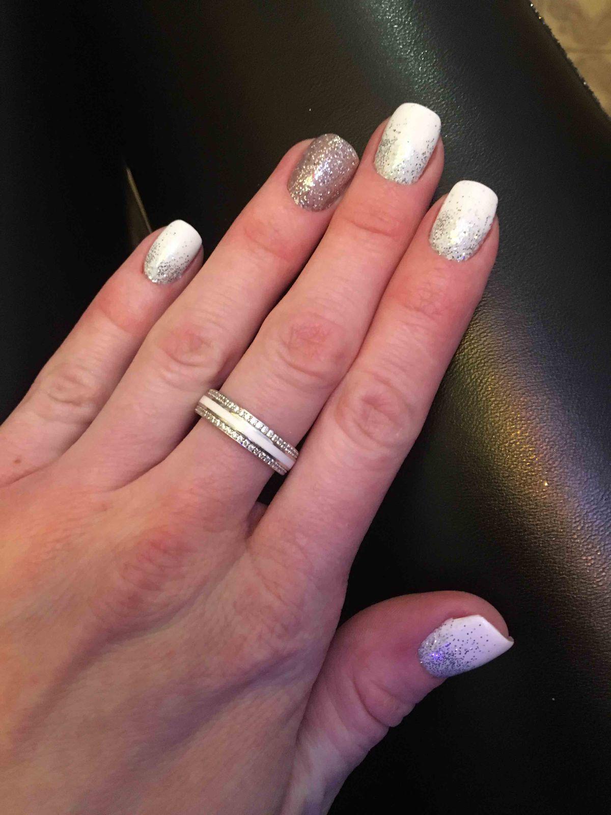 Отличное и очень красивое кольцо!!!