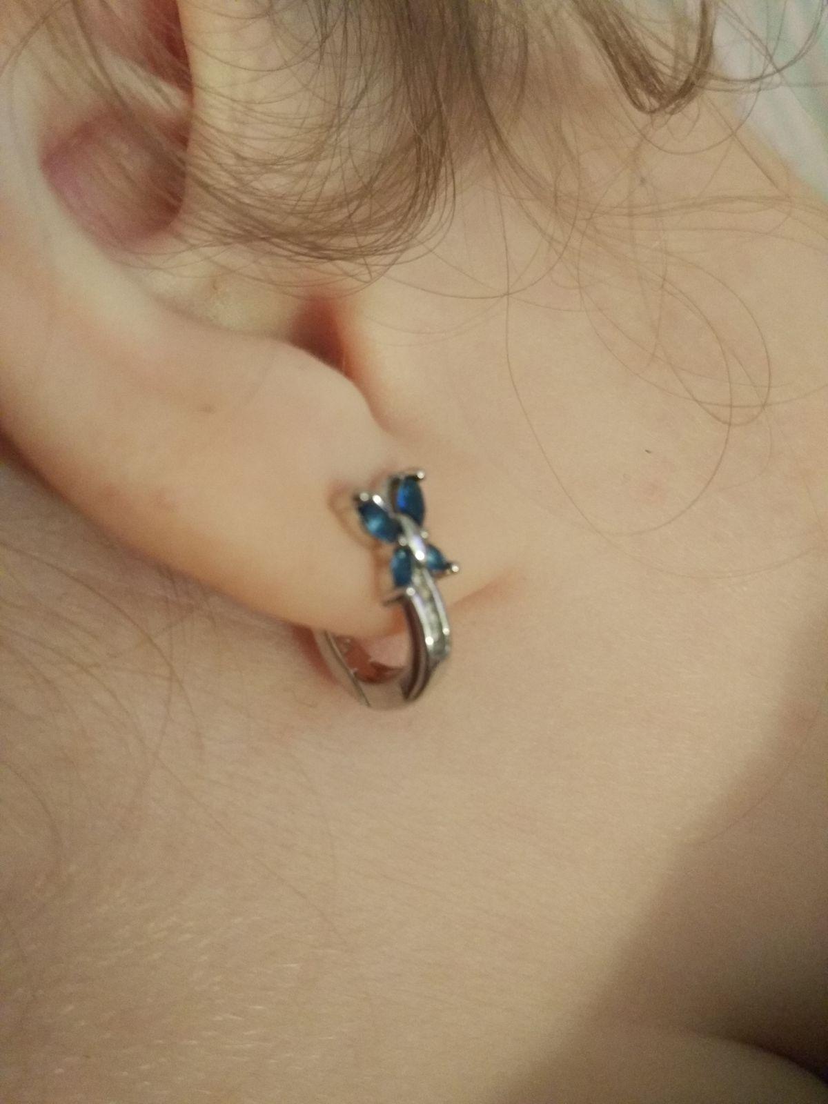 Серебро серьги с голубыми Фианитами