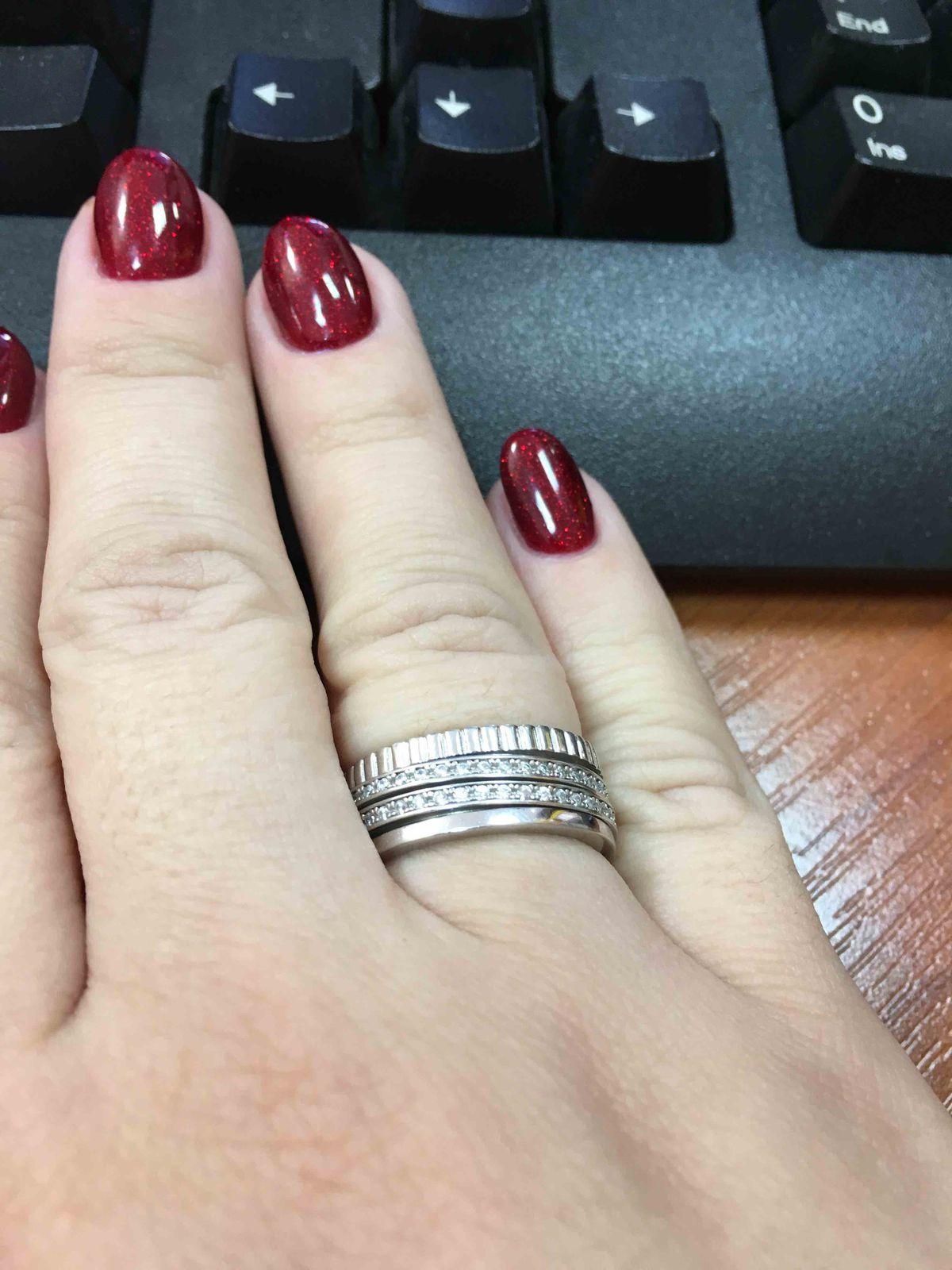 Очень красивое кольцо!!!!!!