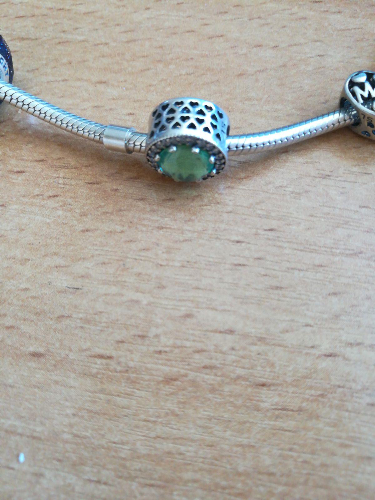 Зеленый шармик