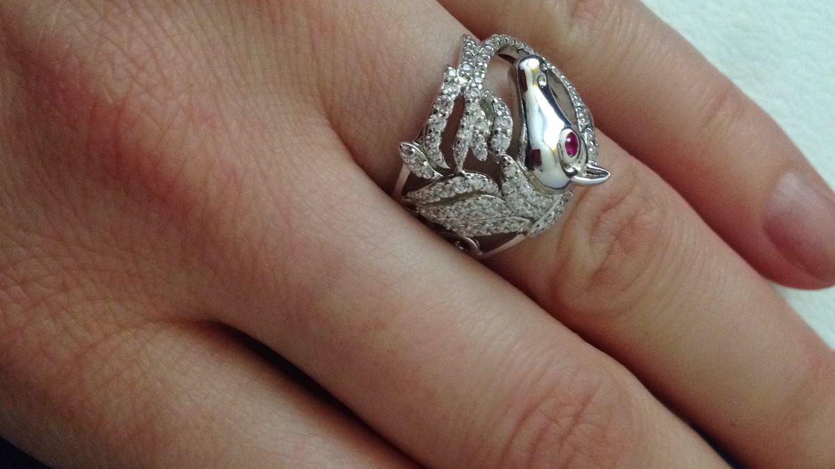 Кольцо с лошадкой