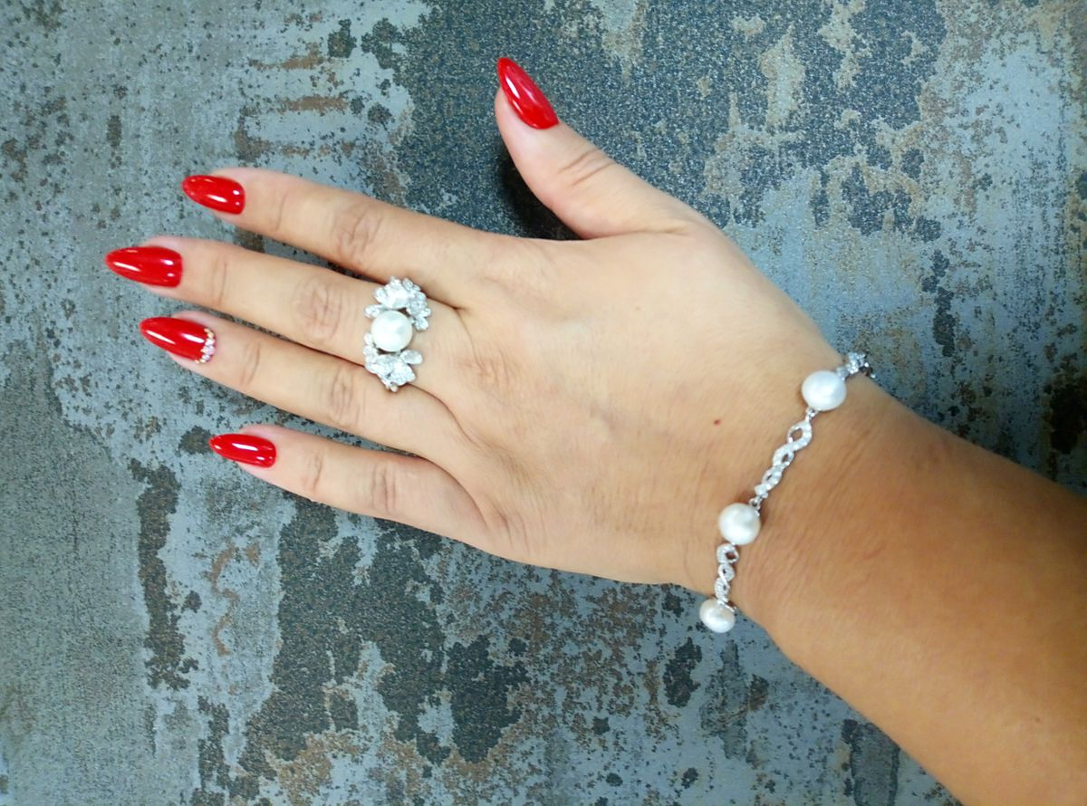 Роскошное и изящное кольцо