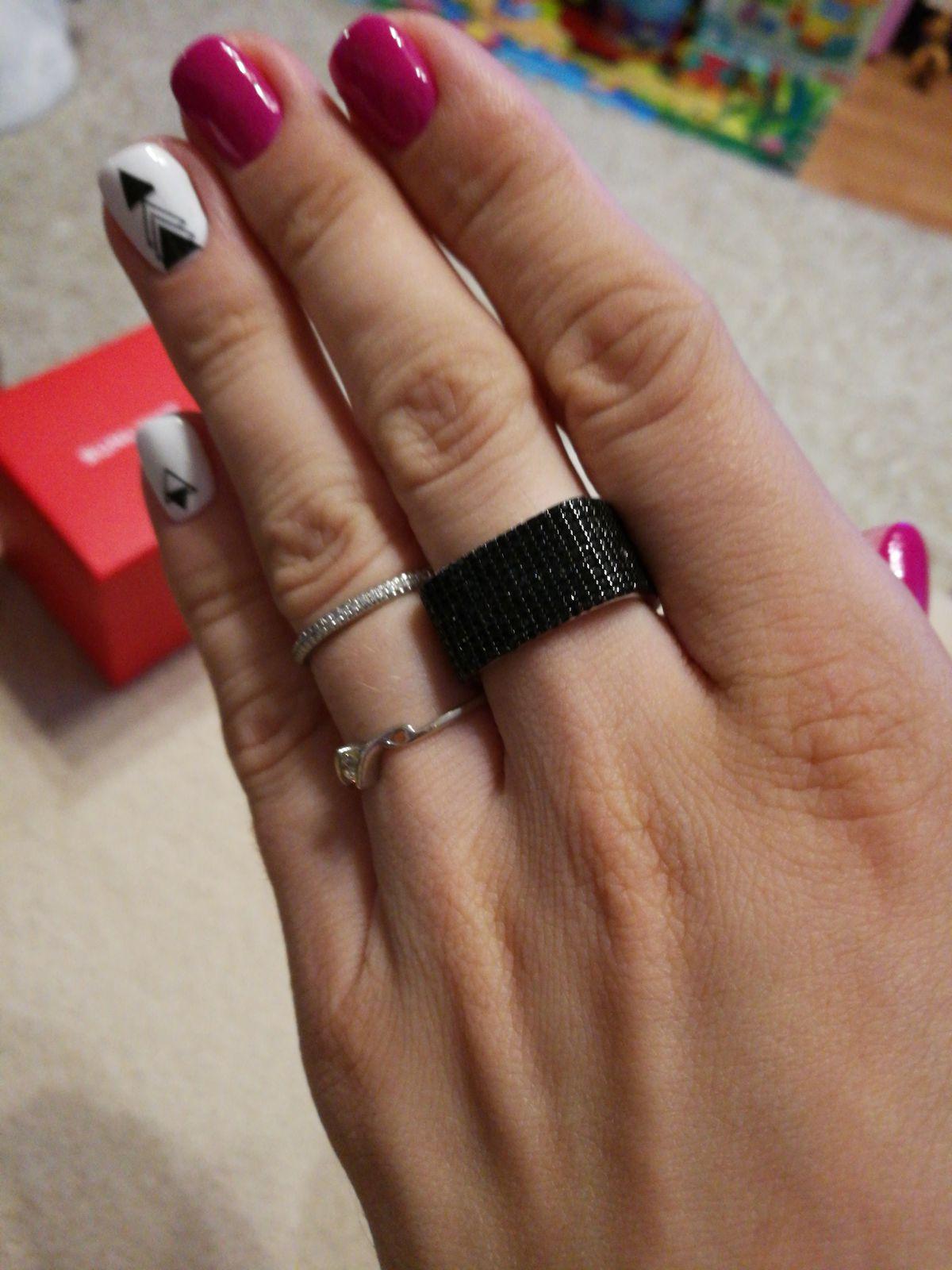Кубическое кольцо с черными фианитами