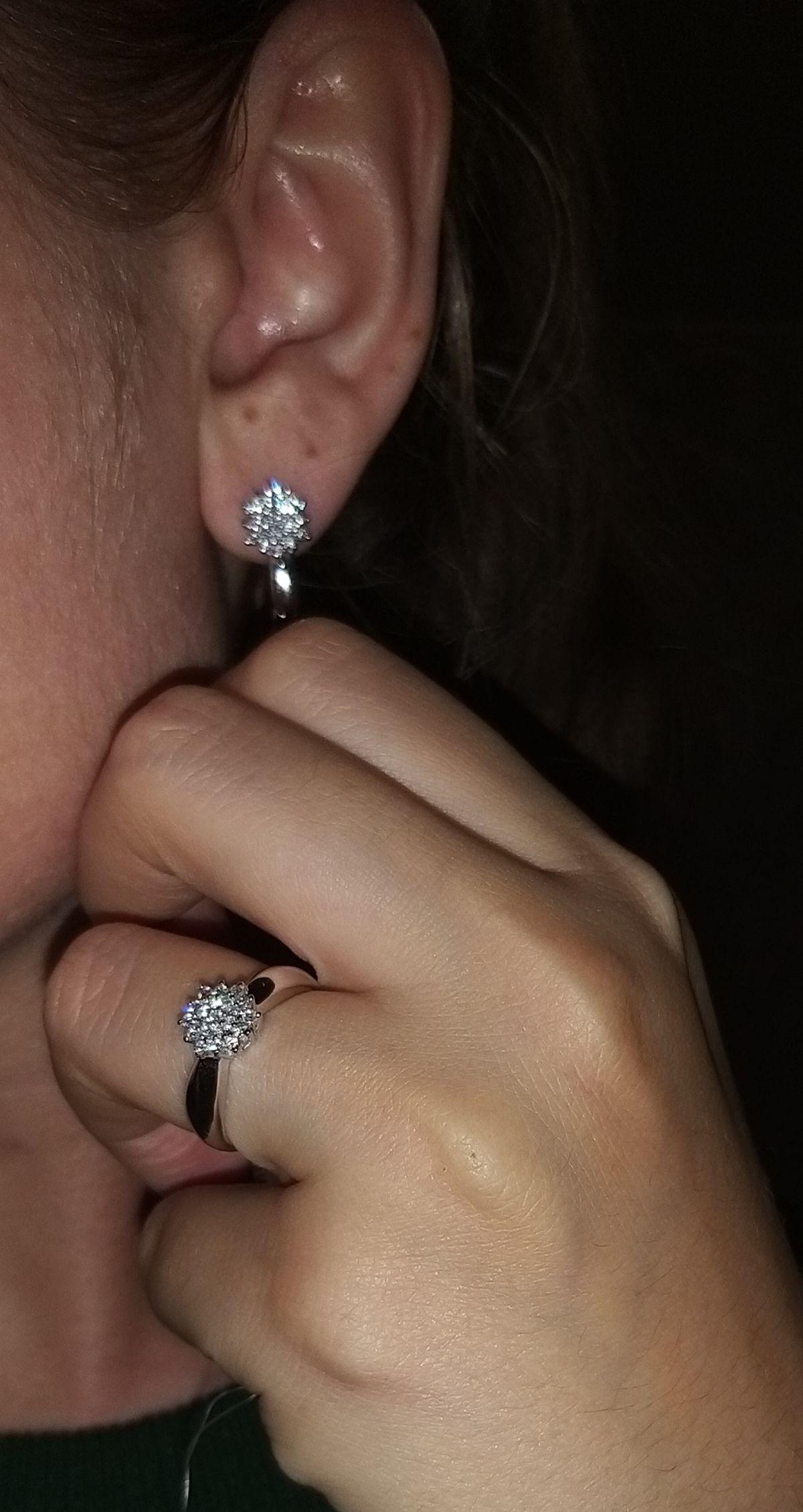 Лучшие друзья девушки это бриллианты..
