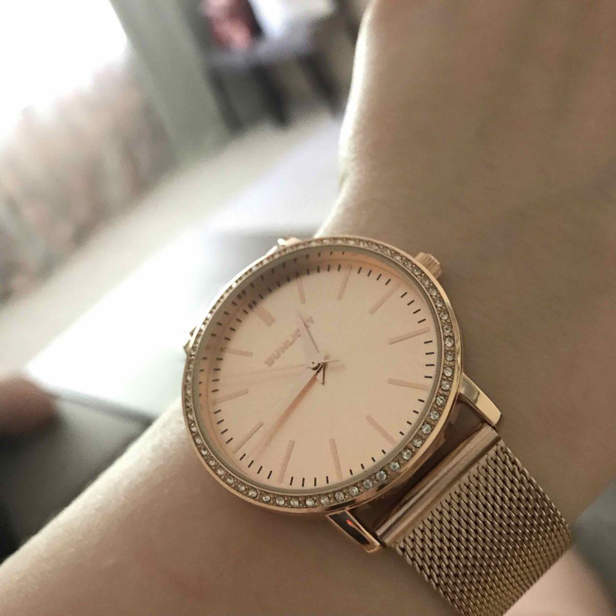 Часы крутые