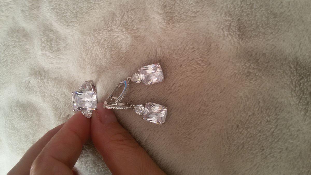 Серьги серебряные.