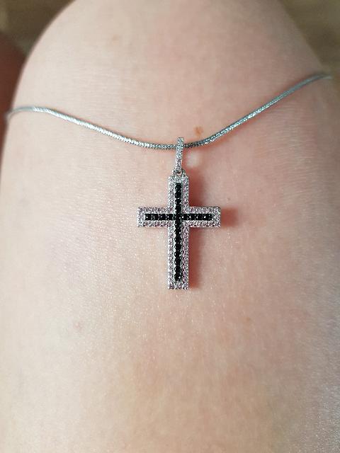 Изысканный крестик