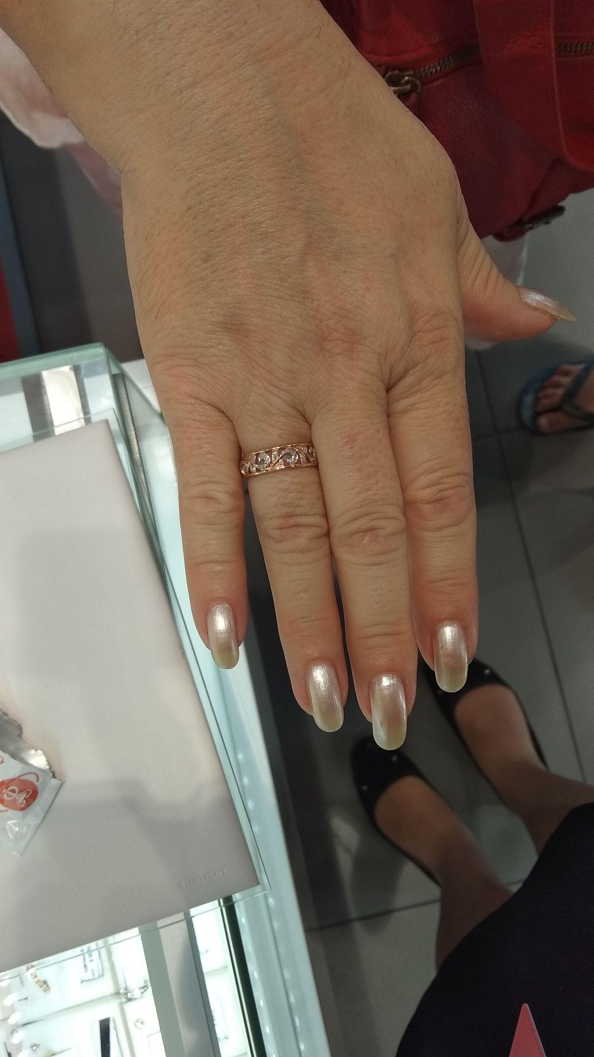 Очень нежное и красивое кольцо