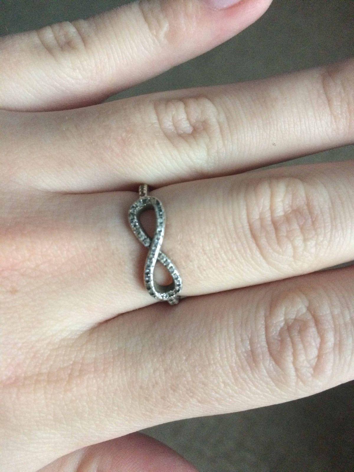 Кольцо серебряное бесконечность