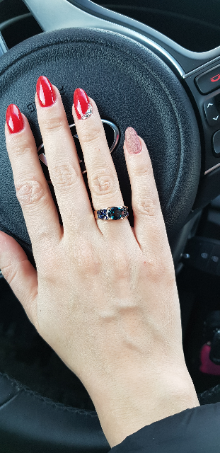 Кольцо с топазом, сапфирами и бриллиантами