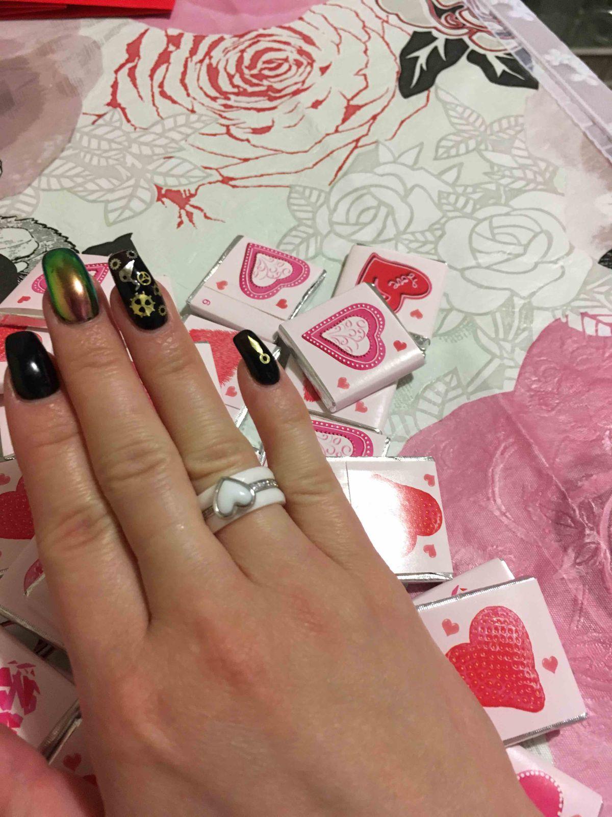 Красивое кольцо с сердцем!!!❤️