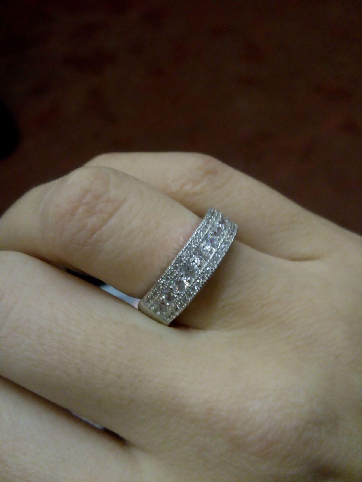 Красивое объемное кольцо