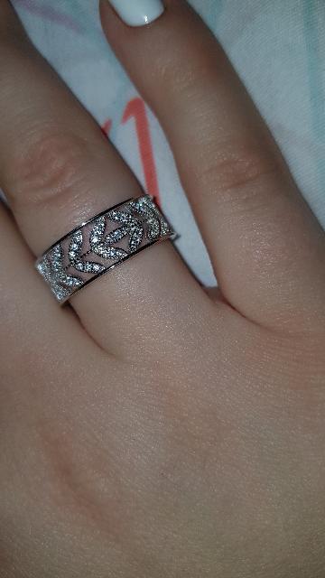 Прекрасное широкое кольцо