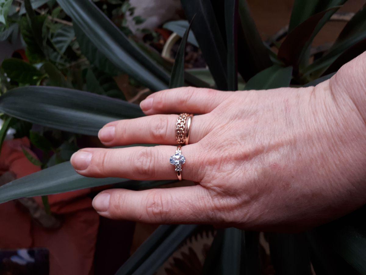 Кольцо с томазом