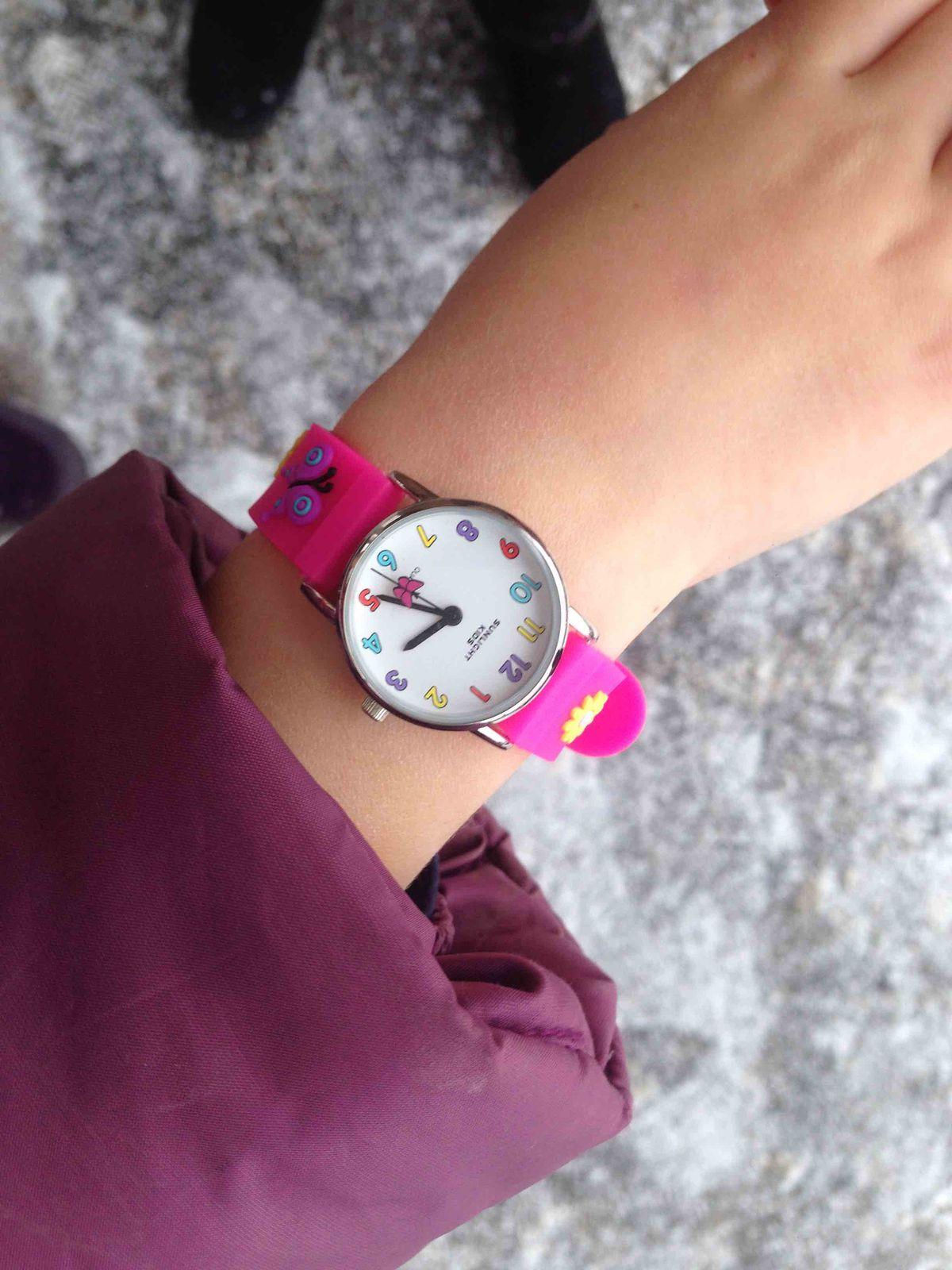 Красивые детские часы