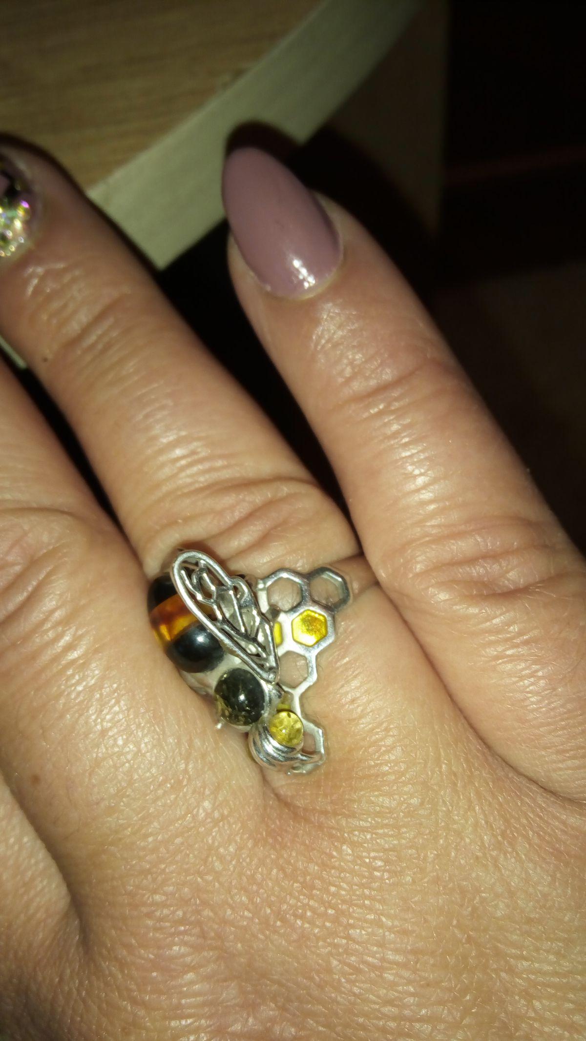 Очень прикольное и необычное кольцо.