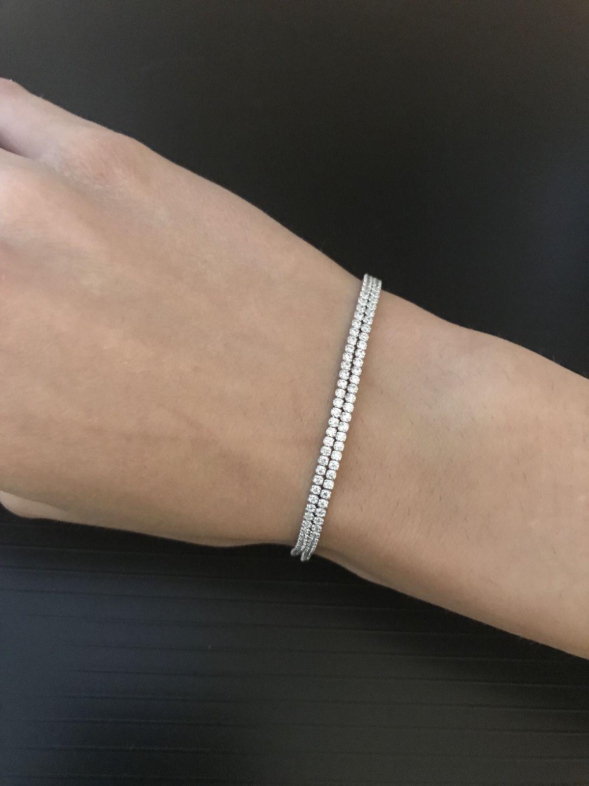 Шикарный, изящный, стильный браслет !