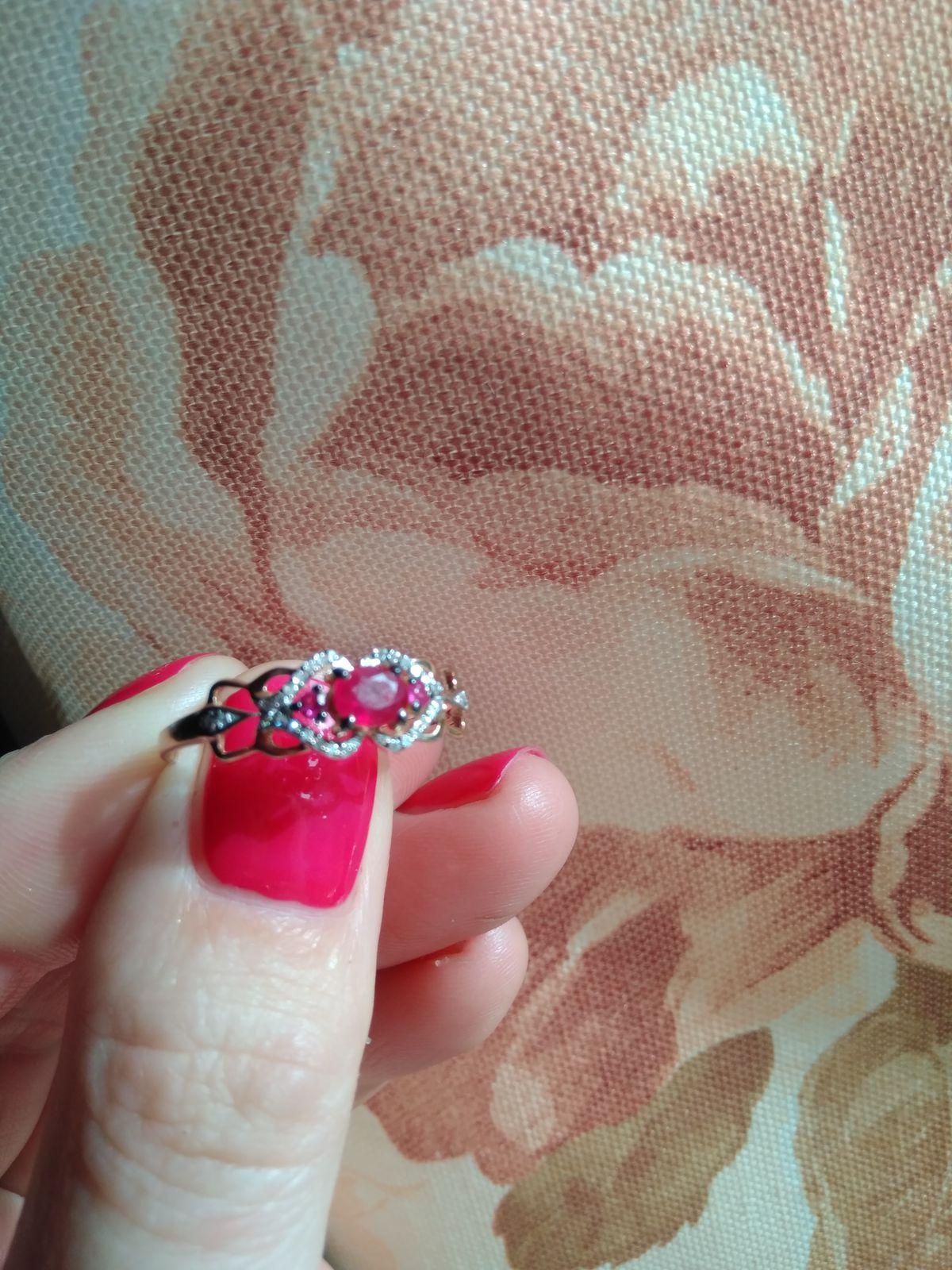 Рубиновое кольцо.