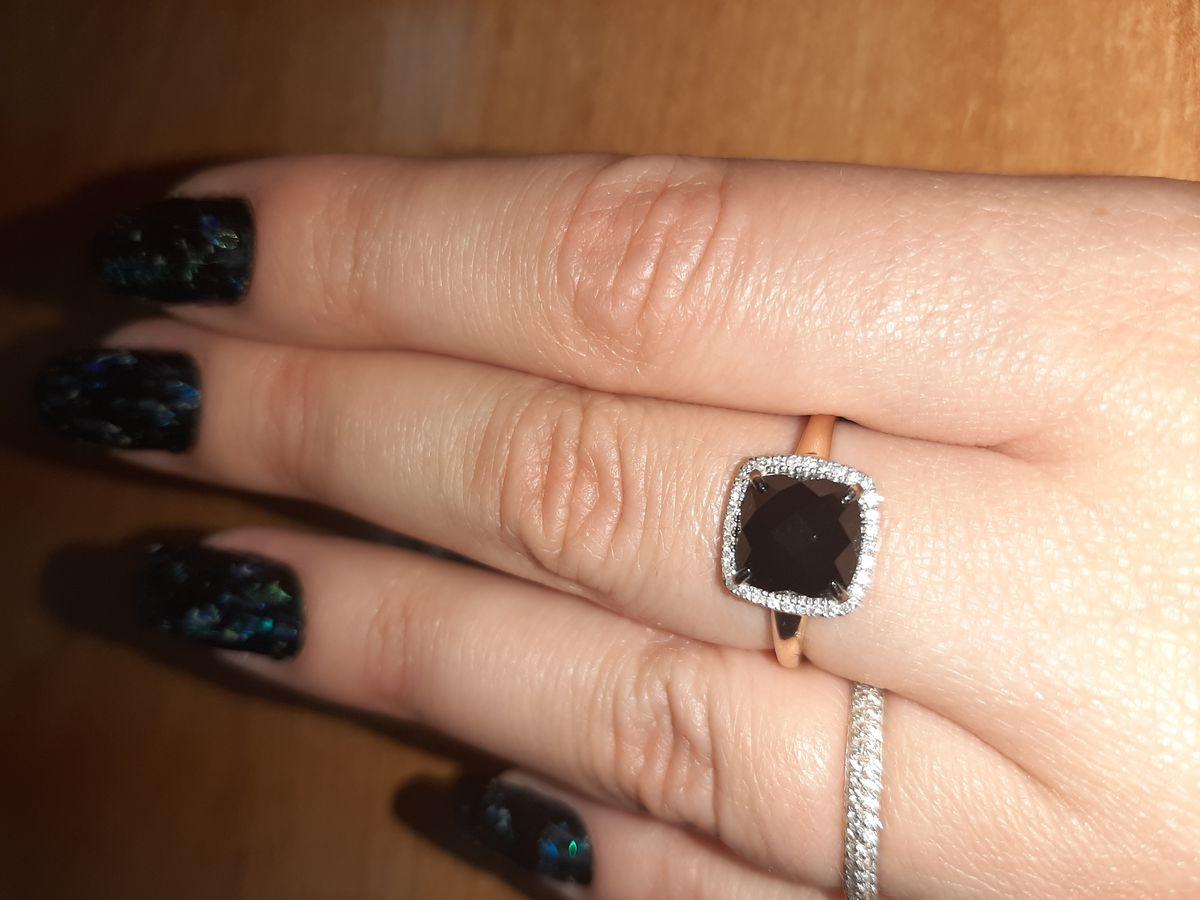 Шикарный оникс с бриллиантами