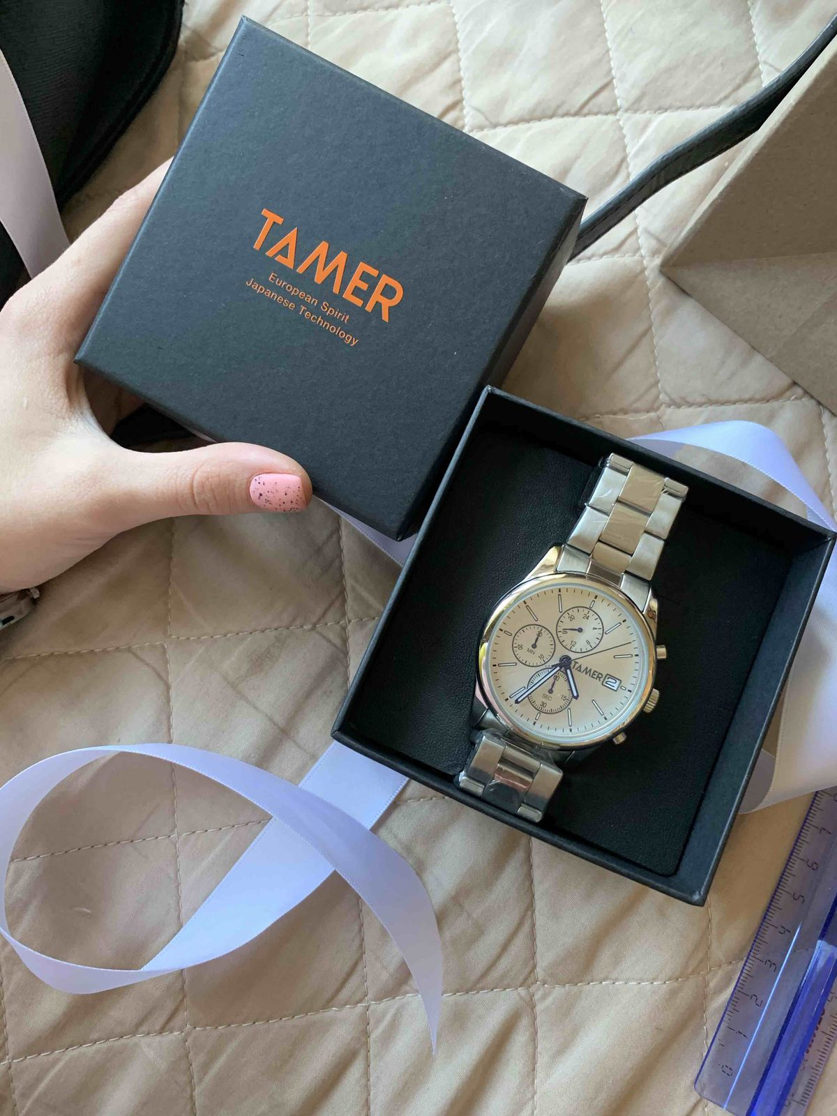 Купила часы в подарок