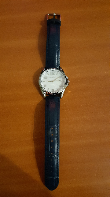 Очень хорошие часы,особенно за такую цену)
