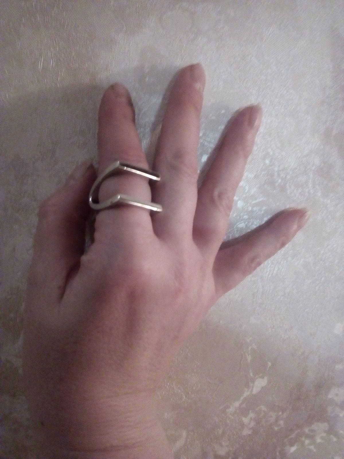 Кольцо очень оригинальное