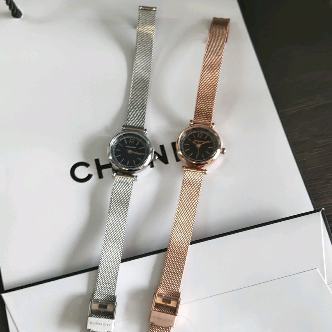 Это красивые часы.  мне очень нравится