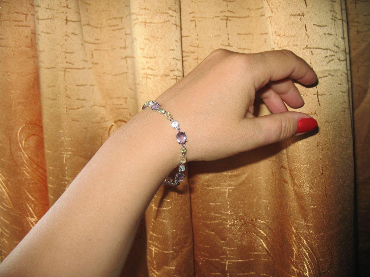 Серебряный браслет с самоцветами