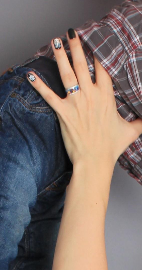 Кольцо с эмалью