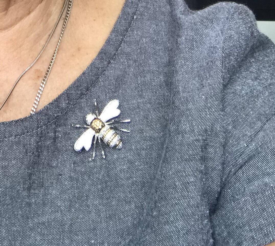 Шикарная пчёлка