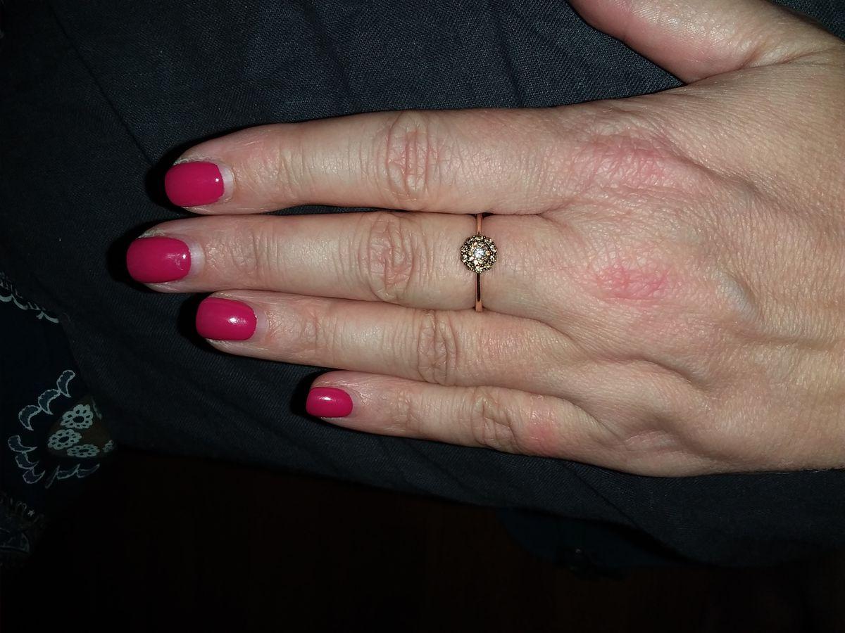 Моя прелесть - кольцо с коньячными бриллиантами