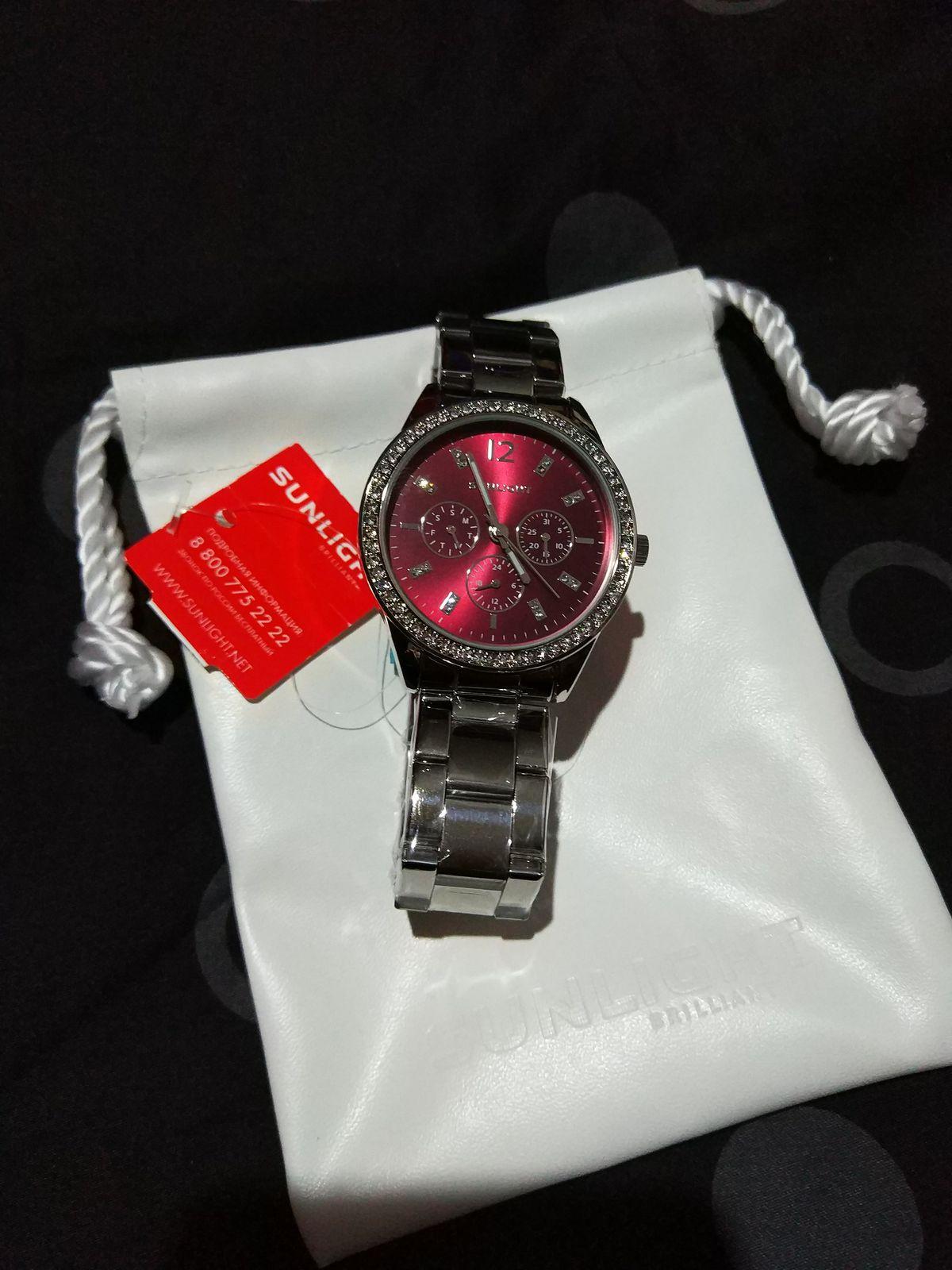 Стильные часы для девушки
