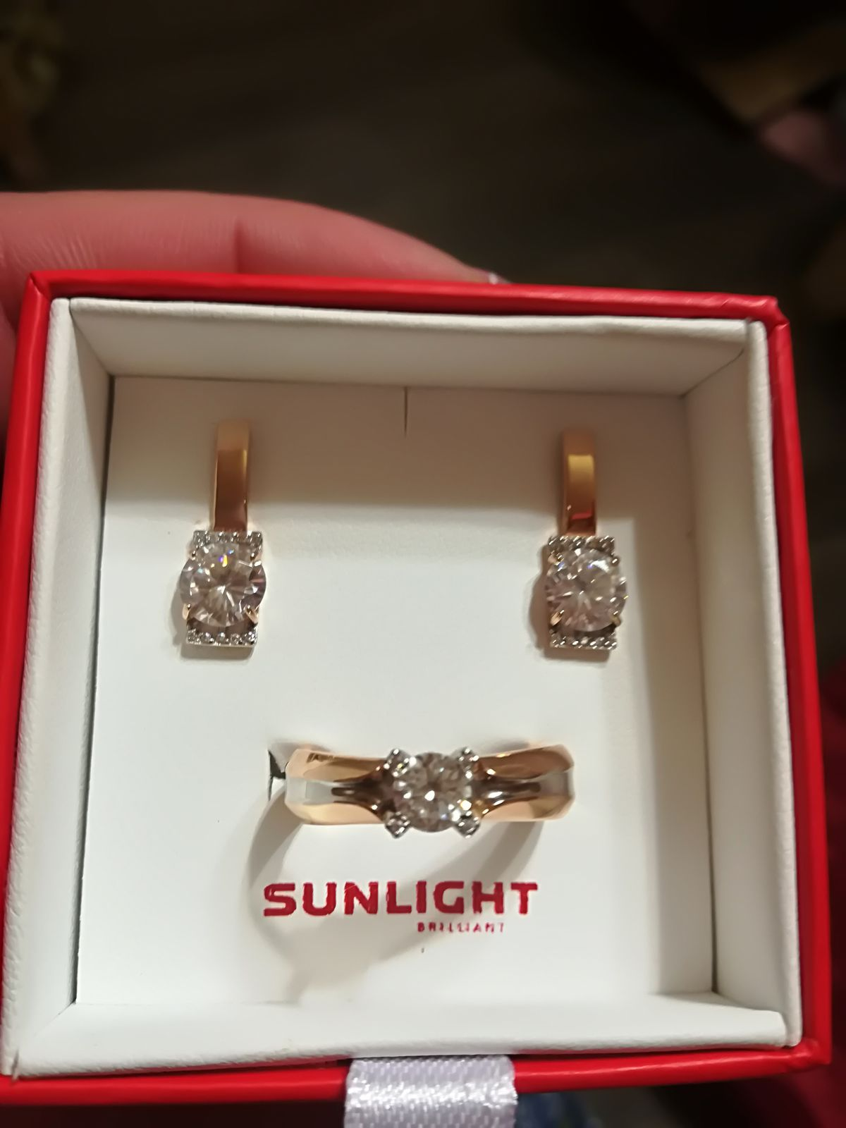 Красота!!! Подарок от мужа, на новый год. Очень довольна ими.