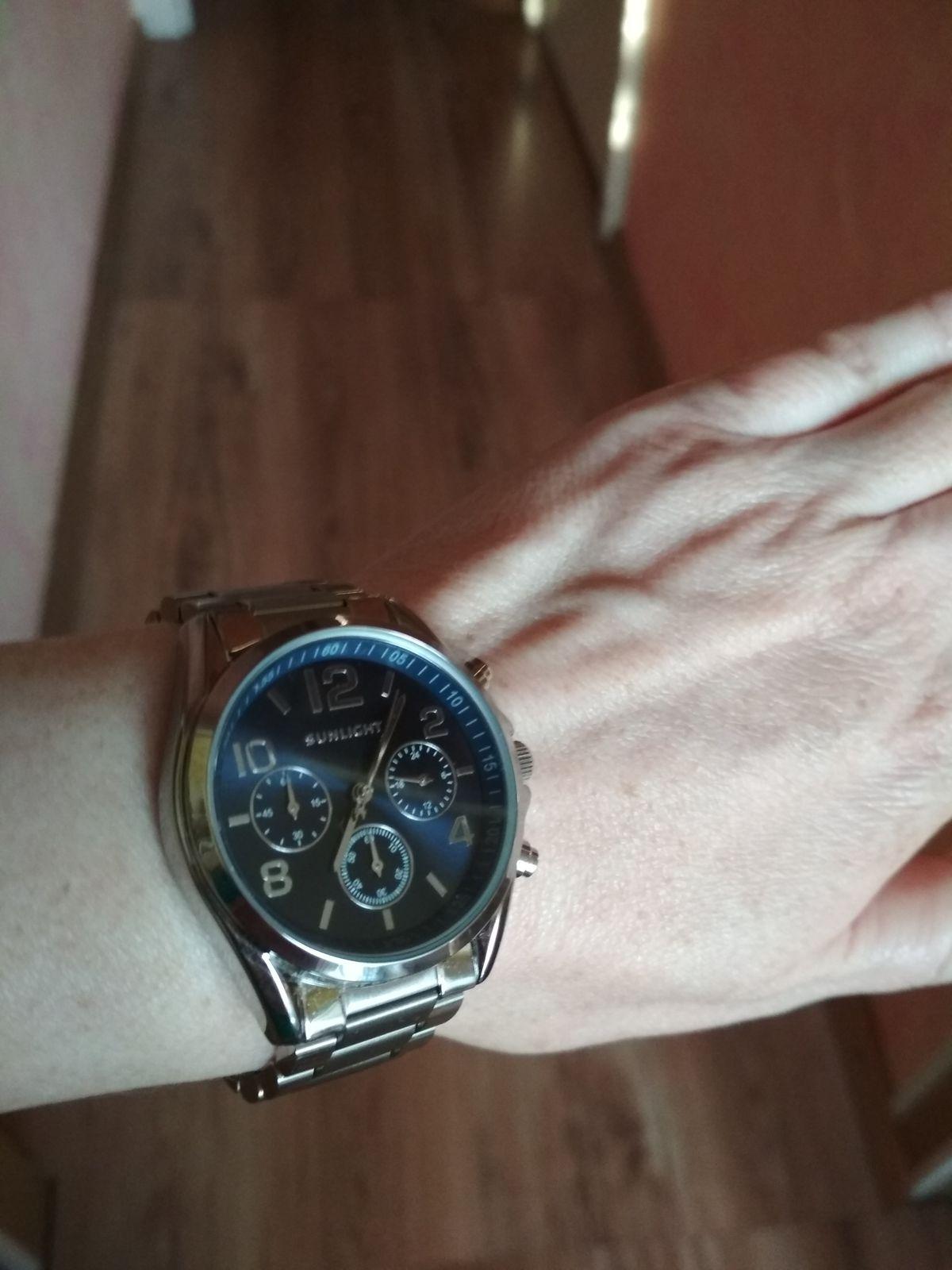 Сейчас это мои любимые часы!  :)