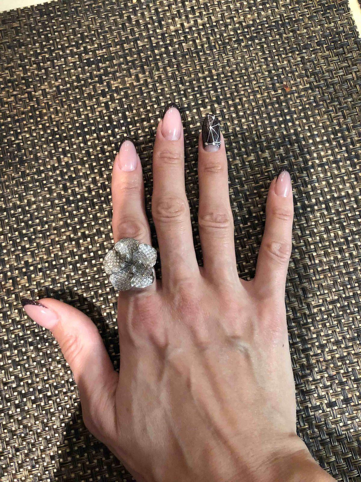 Серебряное кольцо с фианиатом на выход,не на каждый день