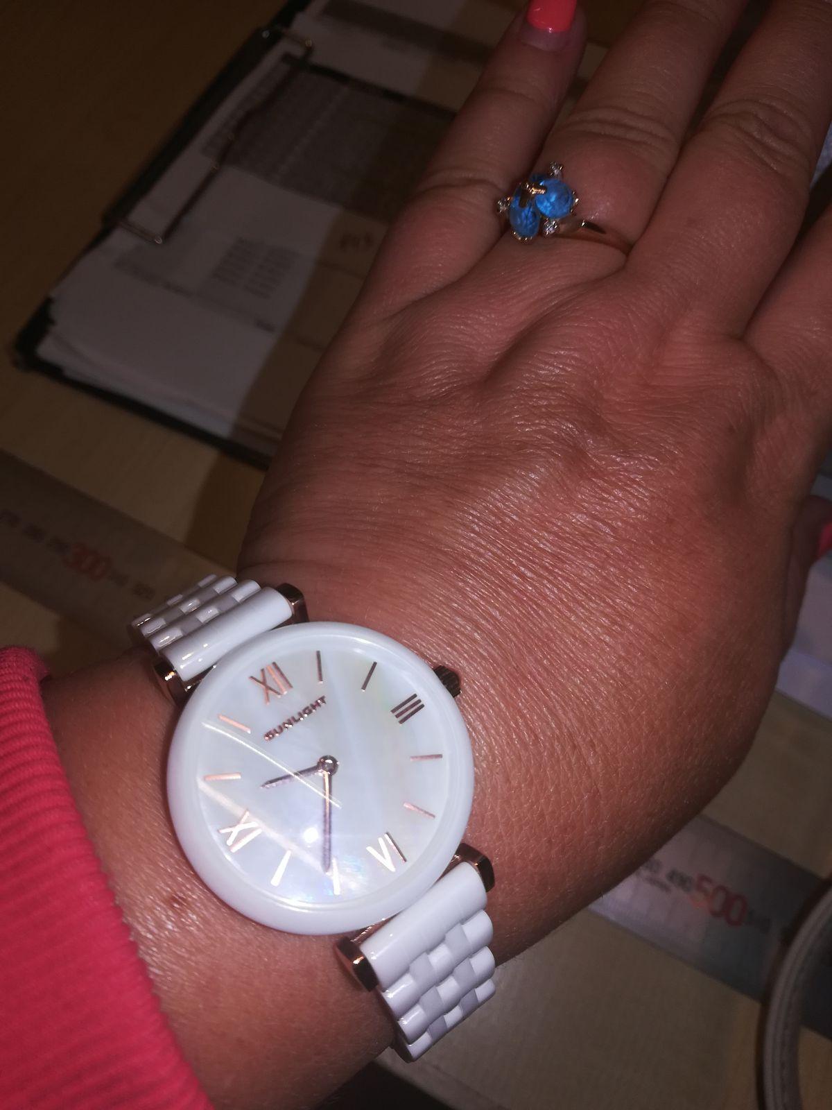Керамические часы - украшение для женщин