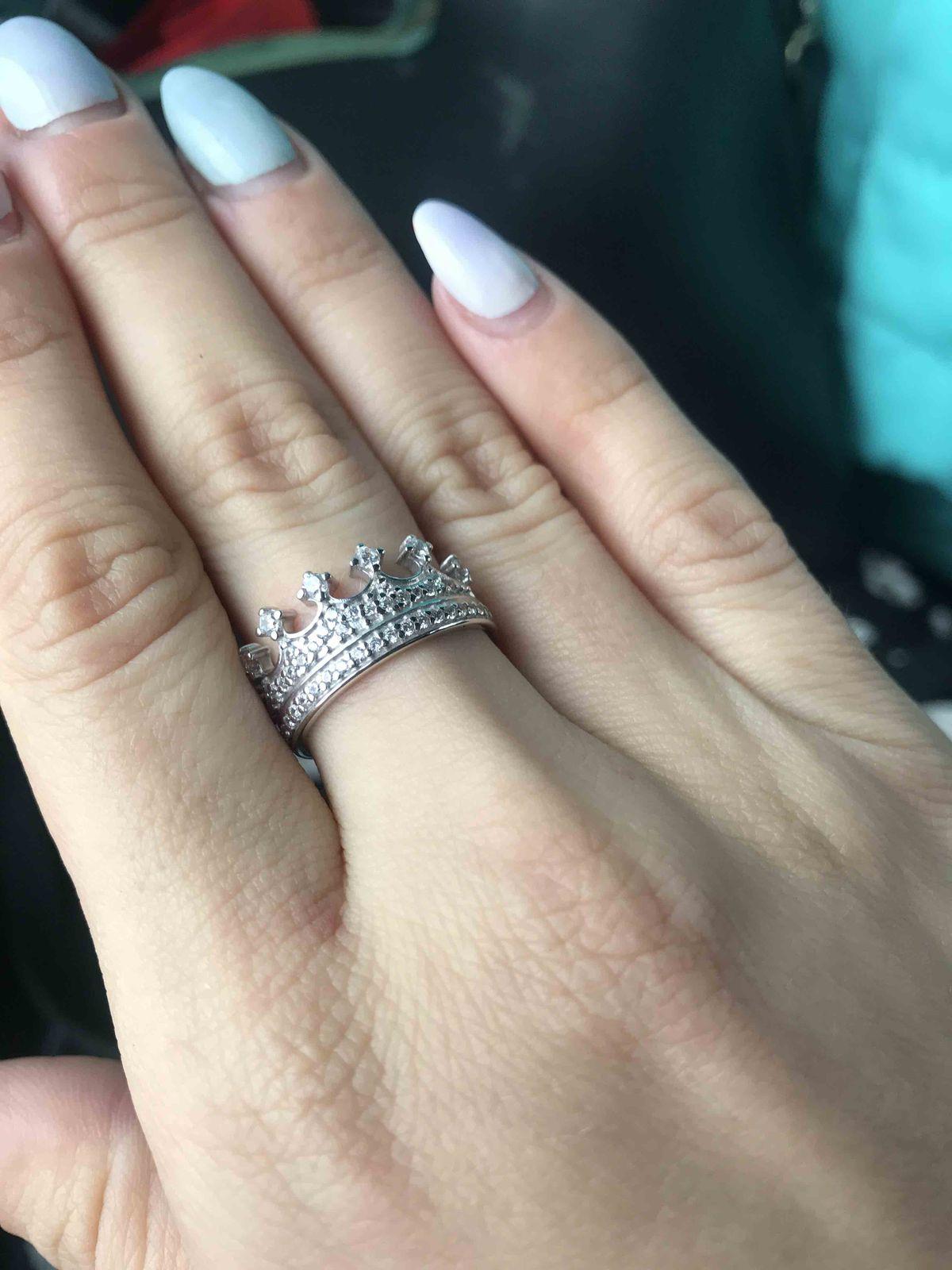 Изящное, серебряное кольцо)